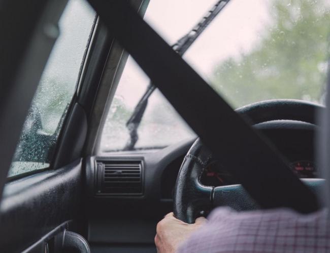 Voiture sans permis : prévention et sécurité routière